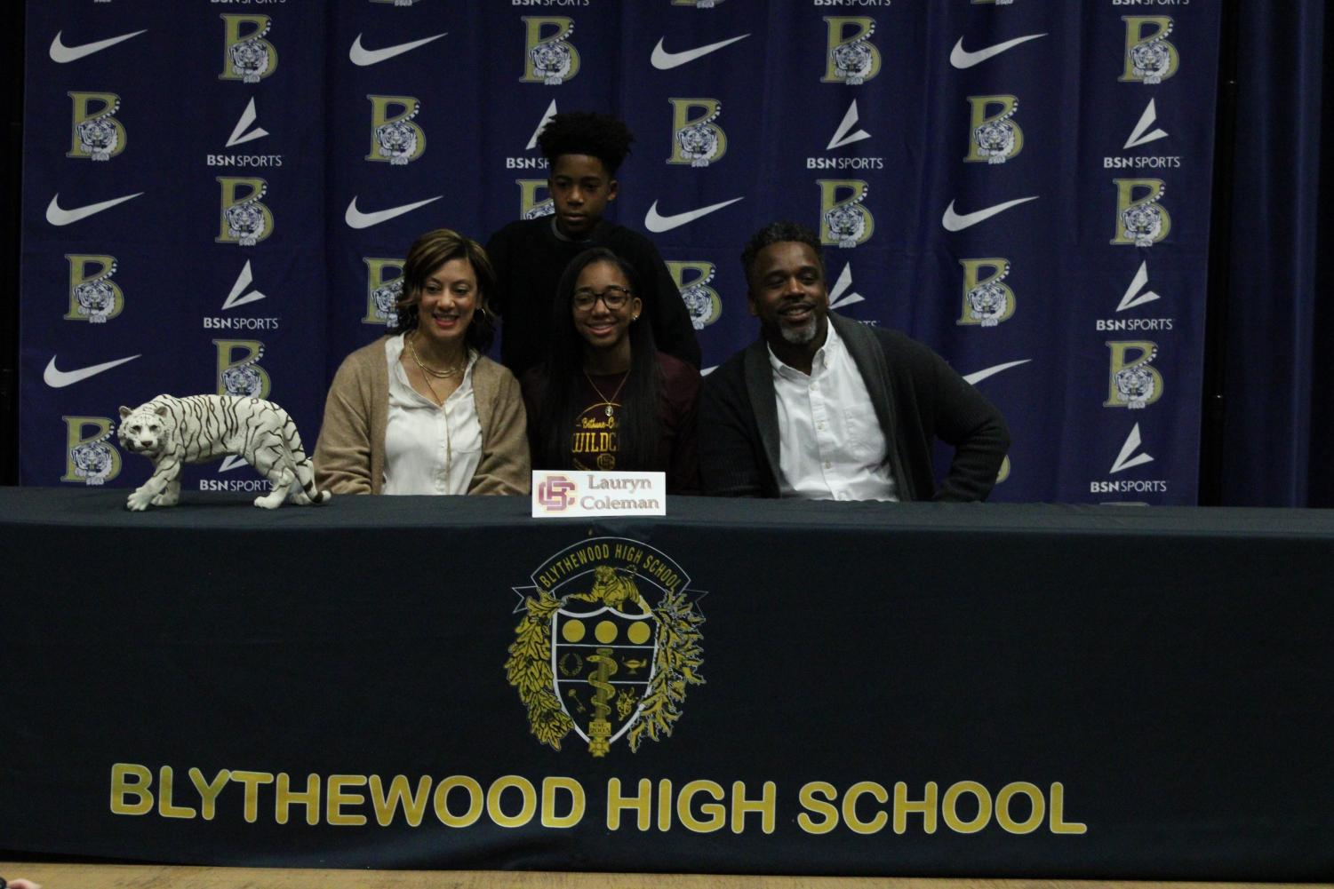 Lauren+Coleman+signs+to+play+volleyball+at+Bethune-Cookman+University.