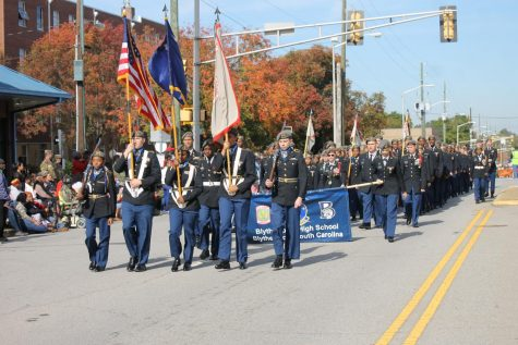 Blythewood JROTC participates in Columbia Veterans Day Parade