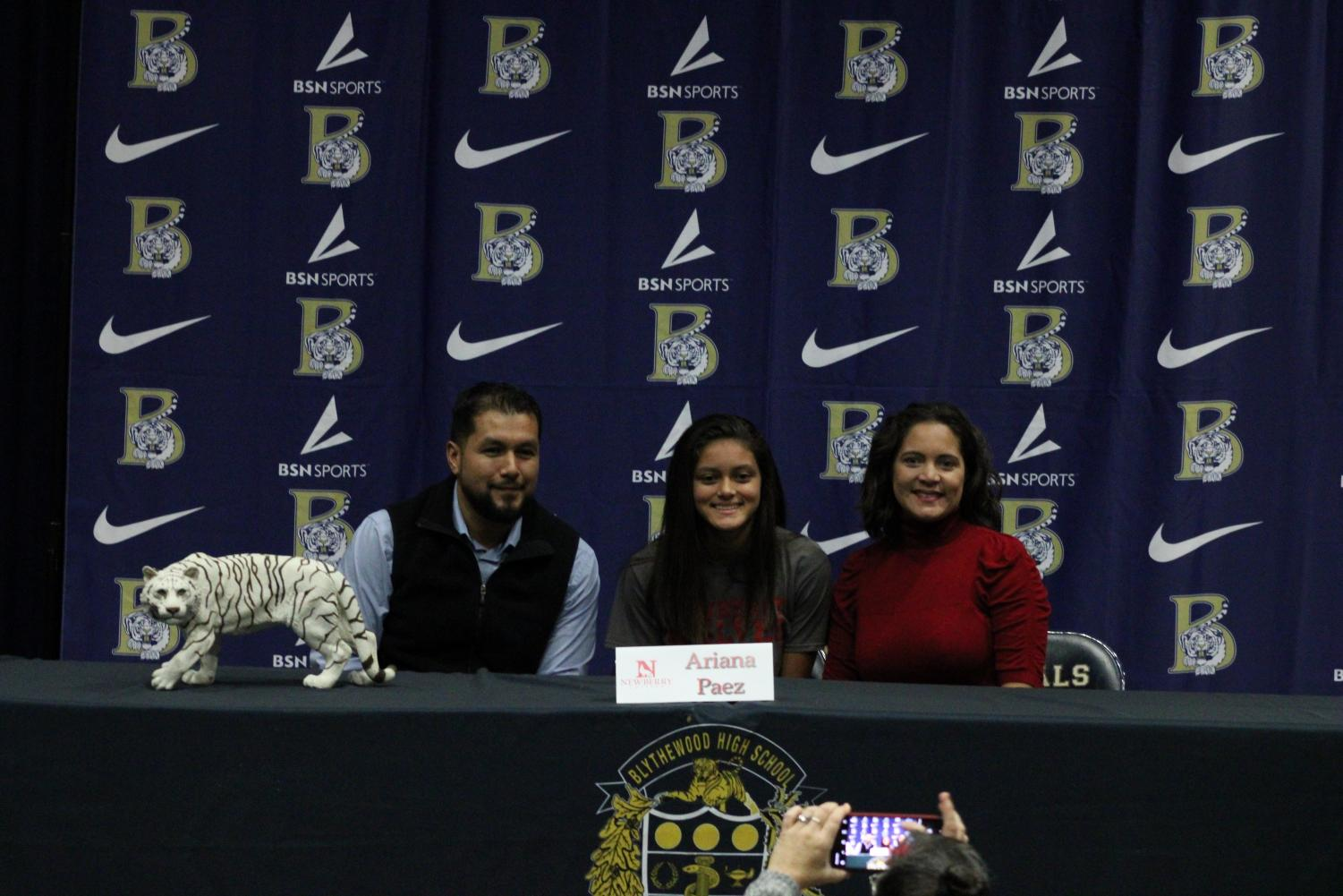 Ariana+Paez+signs+to+play+soccer+at+Newberry+College.